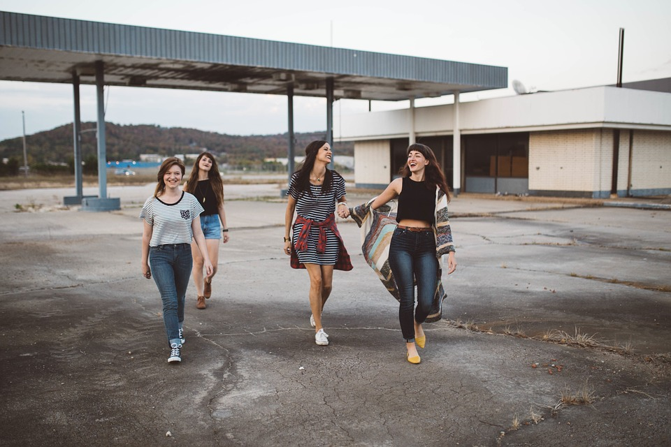 Groupe d'adolescentes